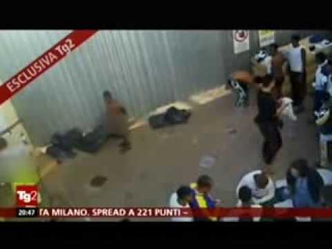 Servizio Tg2 su migranti a Lampedusa
