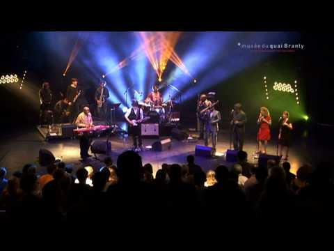 RAY LEMA & SAKA SAKA - Live (Paris May 2011).mov