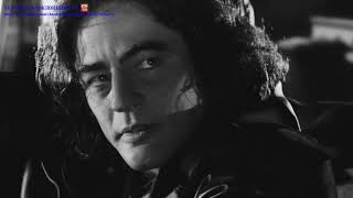 Бенсио Монтсеррат Рафаэль дель Торо Санчес (род. 19 апреля 1967 года, Сан-Хуан