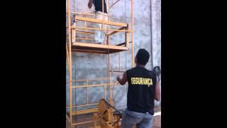Como se faz um elevador pra andaimes