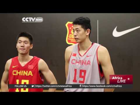 Lebron James hosts basketball clinic in Beijing