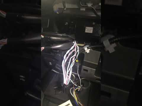 2018 camry xse/se speaker wire colors