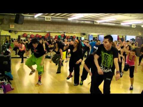 Bebot – Black Eyed Peas – Dance Fitness Class w/ Bradley – Crazy Sock TV