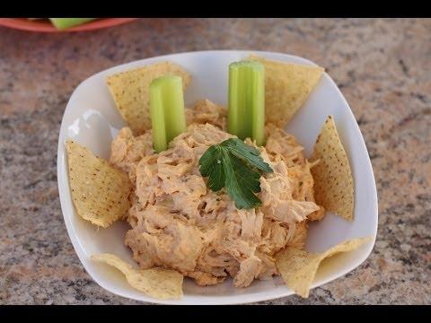 easy-buffalo-chicken-dip---hot-baked-appetizer-with-shriracha-sauce-by-rockin-robin