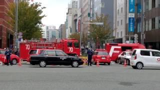 道路陥没で博多駅前2丁目などに避難勧告発令福岡市