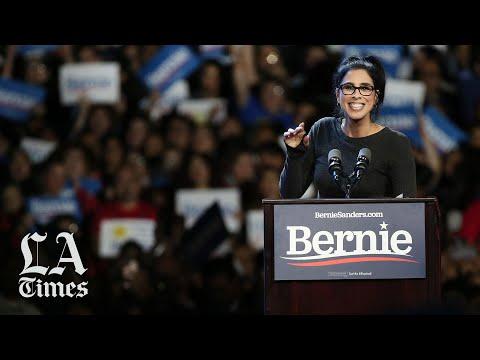 Sarah Silverman supports Bernie Sanders in Los Angeles