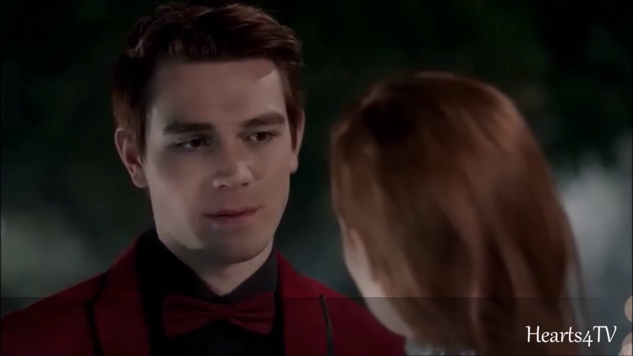 Riverdale 1x09 Archie And Cheryl Kiss Hd