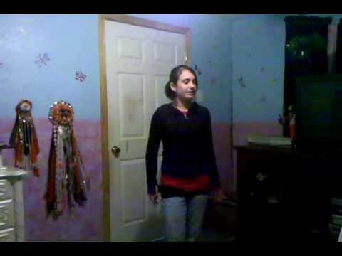 Sarah LaFleur singing Before He Cheats