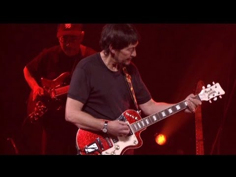 """Chris Rea - The Road To Hell """"Part 1 & 2"""" (Birmingham Symphony Hall)"""