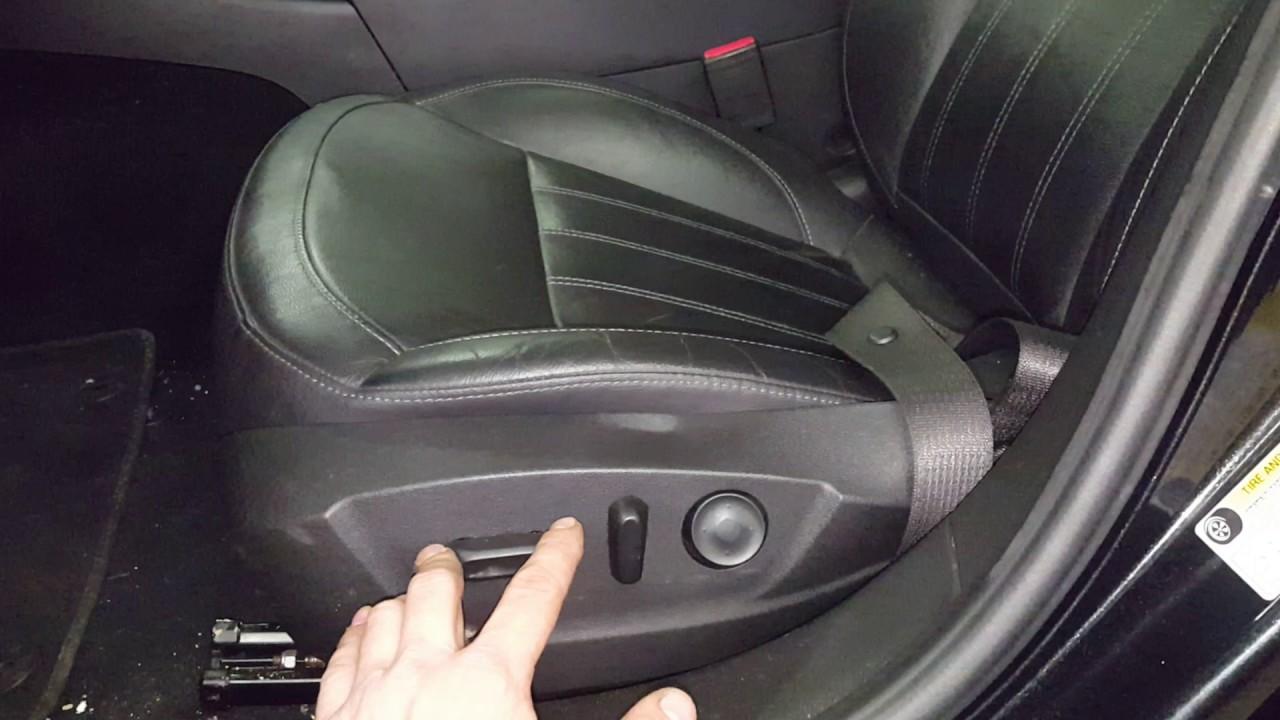 Buick Regal: Safety Belt Reminders