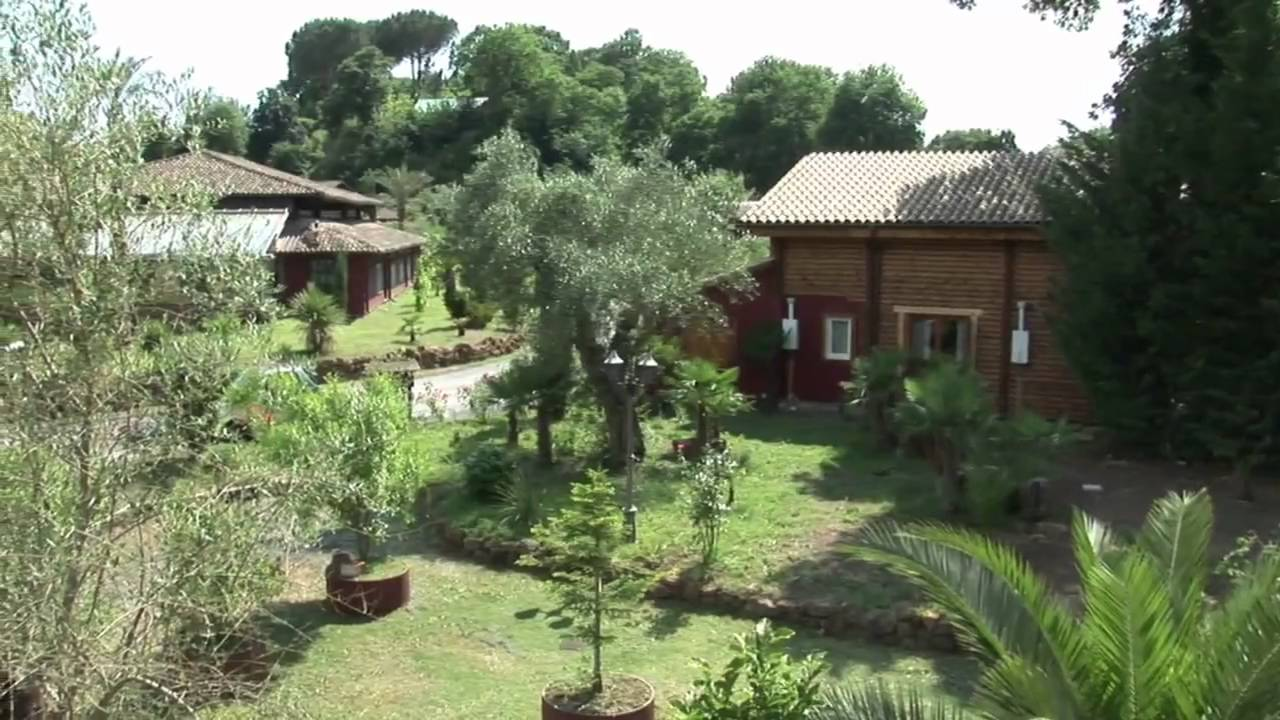 Seven hills village roma invidio youtube - Seven hills village roma piscina ...