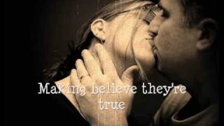 A Kiss To Build A Dream On - Louis Armstrong (With Lyrics)