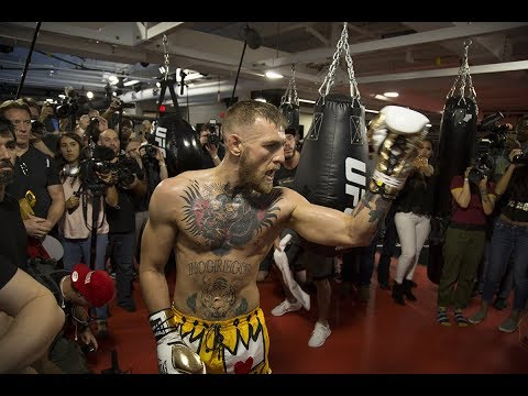 """Conor McGregor: """"If we go 8-oz gloves, Floyd won't last two rounds"""""""