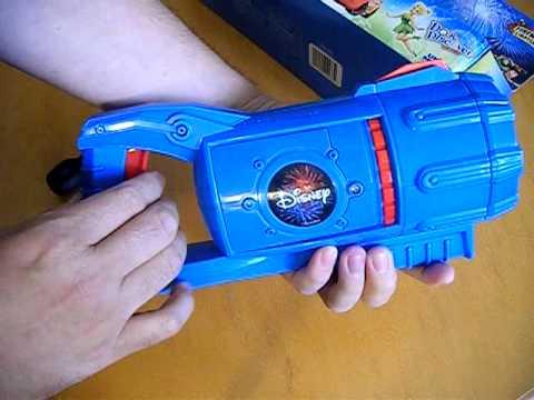 Disney Cars 3D Fireworks Lightshow Launcher Toy Review, Toys R Us, Uncle Milton