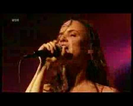 Juliette & the Licks, Got Love to Kill Live