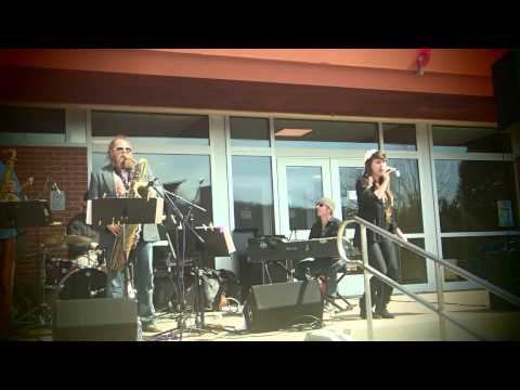 Kat Wright & The Indomitable Soul Band at Earth Day 2013