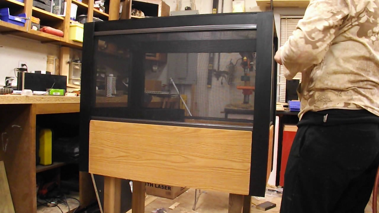 Kristal's custom built hedgehog cage - YouTube