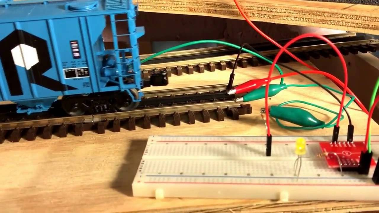 3-rail model railroad signal occupancy detector - proof of concept