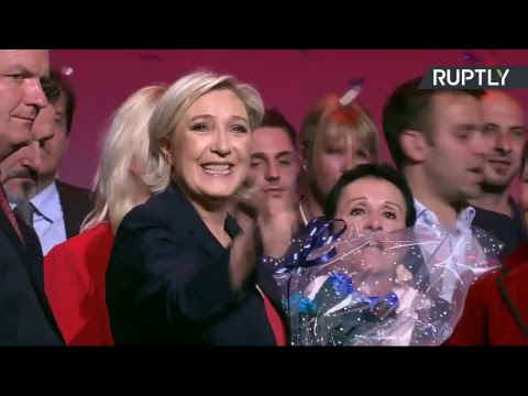 Grand meeting de fin de campagne de Marine Le Pen à Marseille (Direct du 19.04)