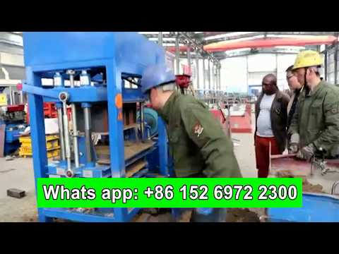 teach Customer how to use QT4-30 diesel engine hydraulic concrete block machine in Rwanda