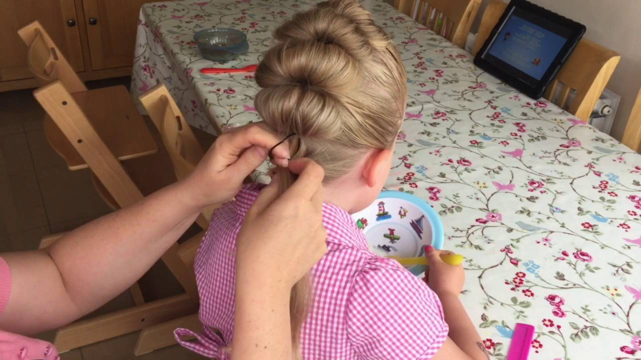 Topsie Tail Faux Hawk Tutorial By Two Little Girls Hairstyles Youtube