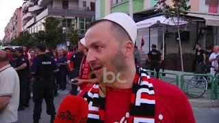 Pak tifoze, por shume kenaqesi. Njerezit te lumtur per kombetaren | ABC News Albania