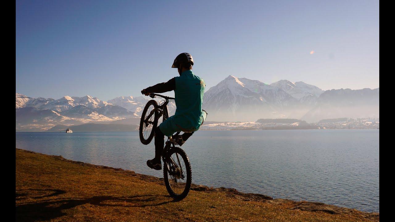 Bicycle Wheelie World Record 25 72 Km Longest Mountainbike Wheelie