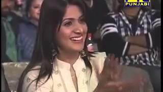 Download Yo Yo Honey Singh Performing in Ptc Punjabi Film Awards 2013 MP3 song and Music Video