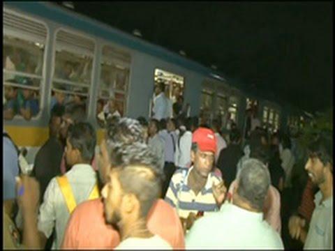 Train engine drivers call off strike