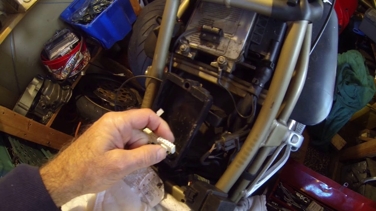Ducati 916bp datatool removal of alarm on