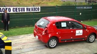 Low-speed crash test Renault Sandero 2014