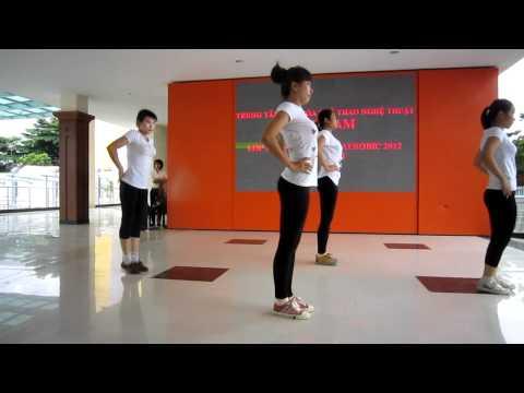 Lớp hướng dẫn viên aerobic 1/3 năm 2012 - trung tâm Đất Nam - nhóm 5