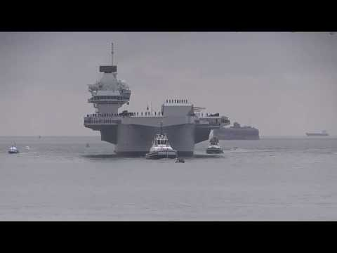 HMS Queen Elizabeth: first entry into Portsmouth