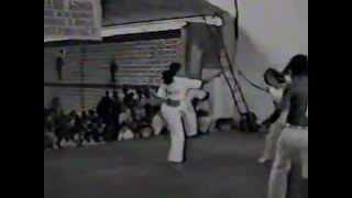 Capoeira Iesambi: Mestres Camisa, Adelmo, Galo, Nenê. RJ, 1982. Ginga Brasil, Recife . 1994. 01
