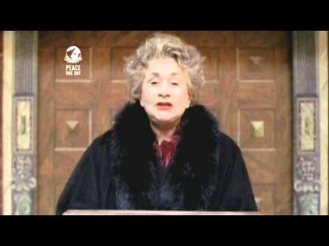 OTHERS Dame Joan Plowright