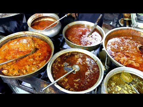 Street Food: Non Vegetarian Food: Bhathiyar Gali, Ahmedabad (India) 18 Th April 2018