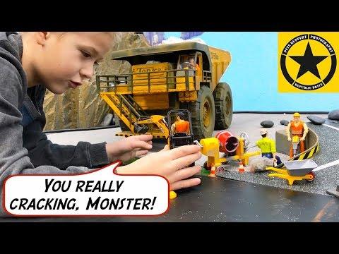 BRUDER TRUCKS | Excavator for Children | RC TOYS working new Construction Site | ROAD + BRIDGE