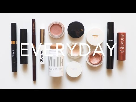 What's In My Makeup Bag | Everyday Minimal, Fast Routine thumbnail