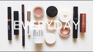 What's In My Makeup Bag | Everyday Minimal, Fast Routine