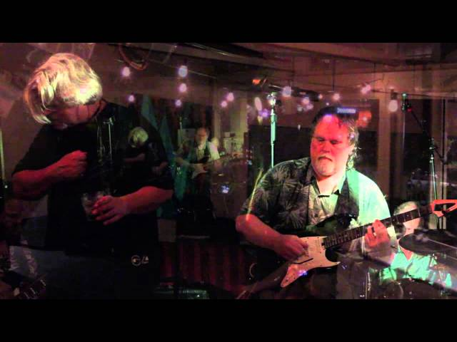 "Kink Alfred | ""Paint It Black"" 