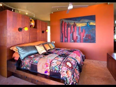 Картины в интерьере спальни добавят эмоции и чувства