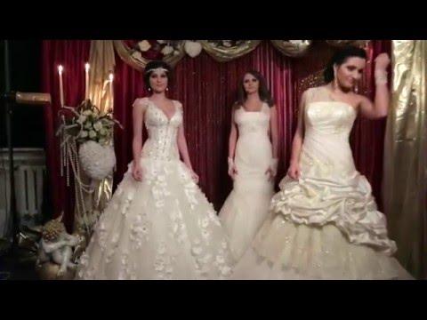 Идеи декора: бело-золотая Свадьба (помпоны, перья, гирлянда, ваза, подсвечник, номерки столов) DIY