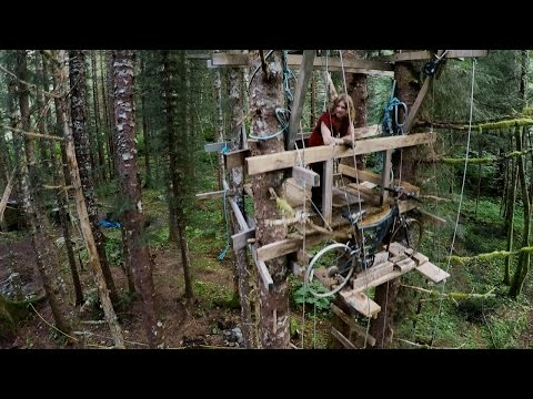 The Brown Family Lives Off the Land | Alaskan Bush People