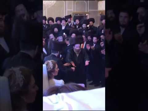 Stuchiner Rebbe Dancing Mitzvah Tantz @ Wedding