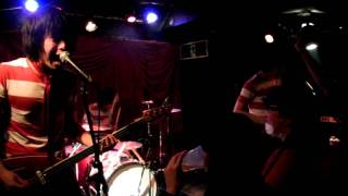 "girls trouble @幡ヶ谷HEAVY SICK 2012.01.15 ""We Are All Teenage Shu..."