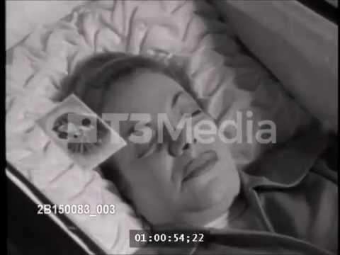 Carmen Miranda's funeral (1955)