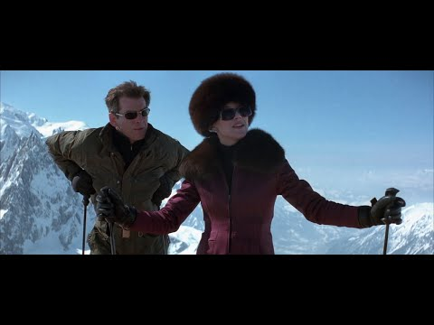 Bond and Elektra King under Attack [James Bond Semi Essentials]