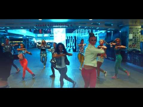 Танцевальный клип - Quest Pistols - Santa Lucia - S-Dance