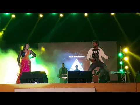 Kheshari Lal Yadav with Kajal Raghwani song MARAD ABHI BACHA BA29th Dec 2017 Doha Qatar Show