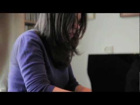 Daria van den Bercken: Handel At Home